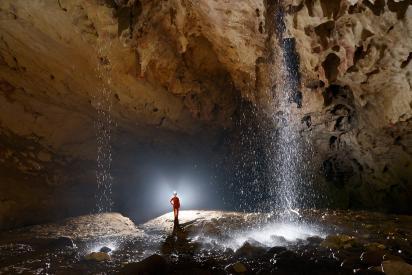 Salle souterraine deer cave
