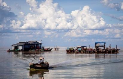 Villages flottants sur le tonle sap
